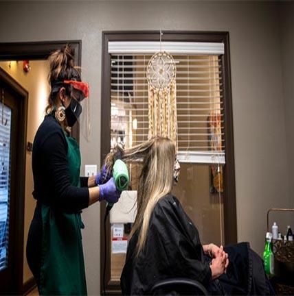 ضدعفونی آرایشگاه زنانه